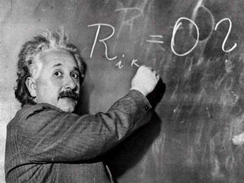 عالم فيزياء شهير ومؤسس النظرية النسبية