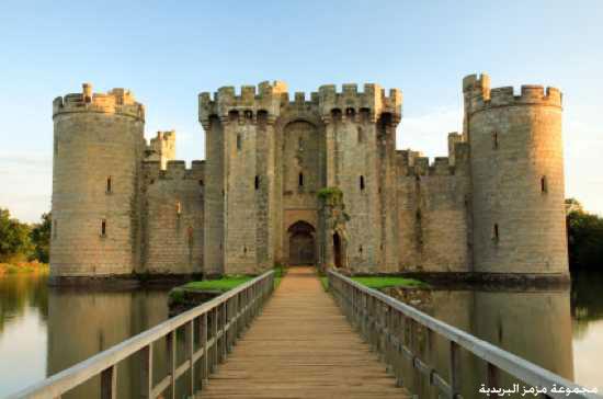من أول من شيد القلاع في العالم؟